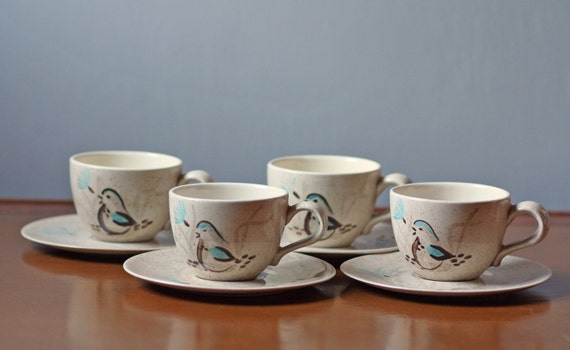 set of 4 vintage Red Wing Bob White cup and saucers / bird pattern