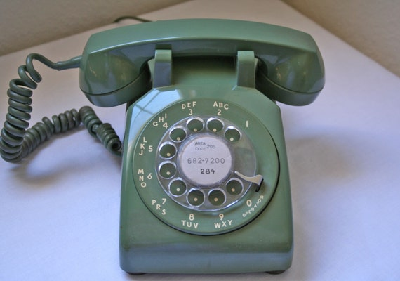 Vintage Rotary Phone Western Electric In Avocado Green