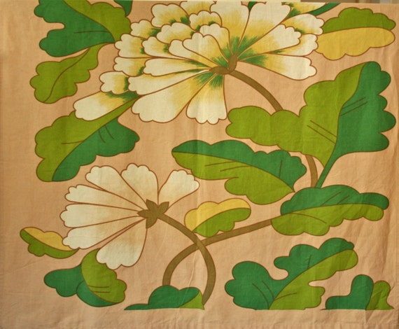 RESERVED FOR CLARE vintage cotton fabric large scale floral design