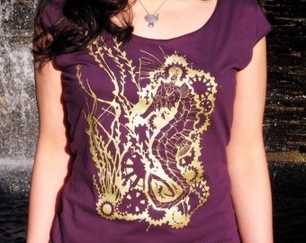 Seahorse Women's Tshirt - Steampunk Robot Seahorse Print Top, Vegan Shirt - Seahorse Roboticus Scoop Neck Tee