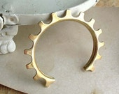 Bike Gear Bracelet - Brass - Bicycle Inspired - Industrial Chic - Cogs - Handmade - Cuff - Bicycle Jewelry - Bicycle Gear
