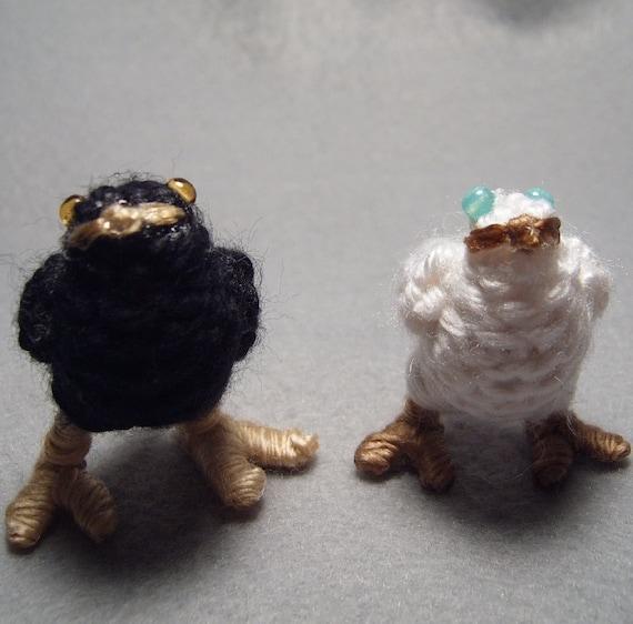 Chocobo Chicks, black and white