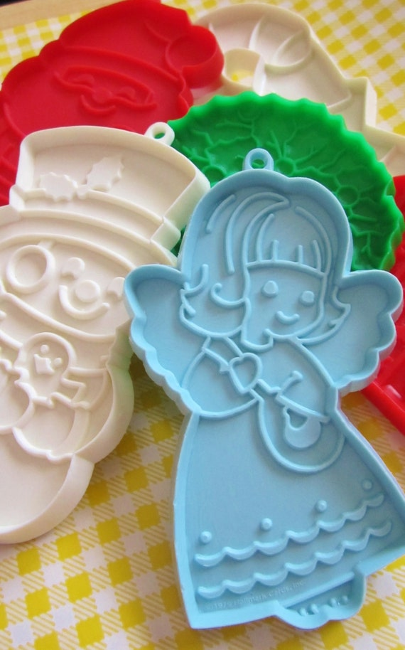 Lot of 6 Vintage 80's Hallmark Christmas Cookie Cutters - Angel, Santa Claus, Candy Cane, Wreath, Snowman