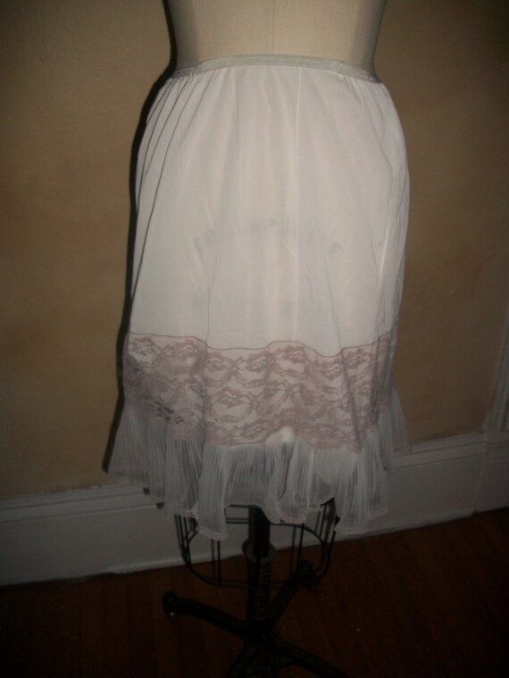 vintage1970s white slip with toupe lace,handmade in the Catskill mountains