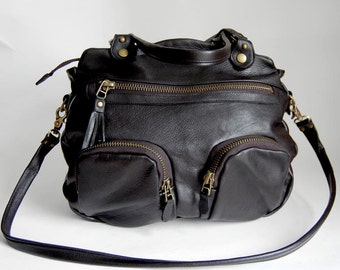 6 pocket Shikotsu bag in black/antique brass