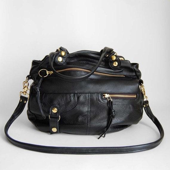 Okinawa bag in black - clip on cross body strap