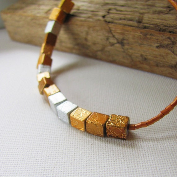 Shimmer Necklace - Metallic Glass Beaded Necklace