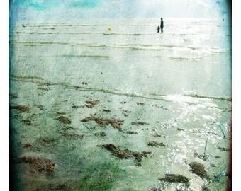 vagues normandes 2 (Landscape Photography - Fine Art Print - Ocean - Sky - Waves -Sea -Figure - Painting - Blue)