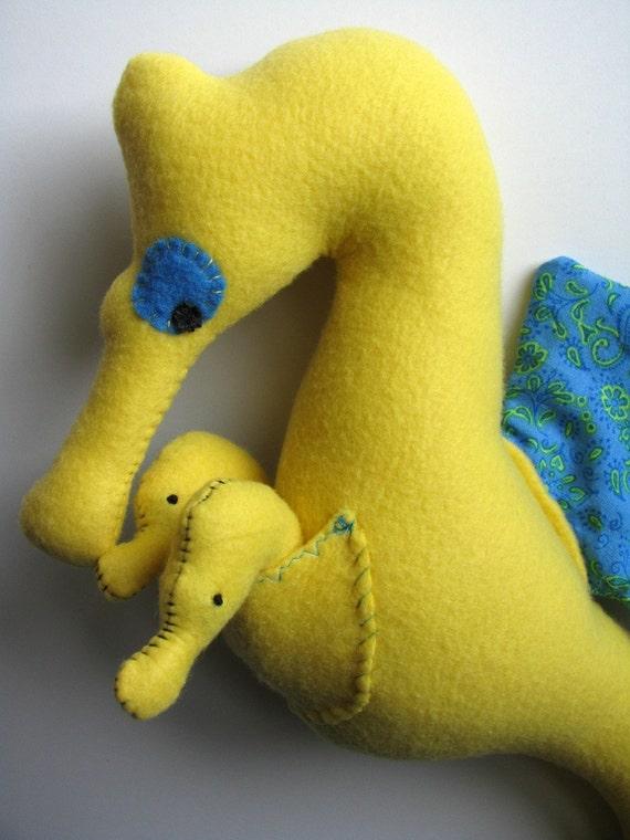 ZooLemonade Papa Seahorse with 2 bebes