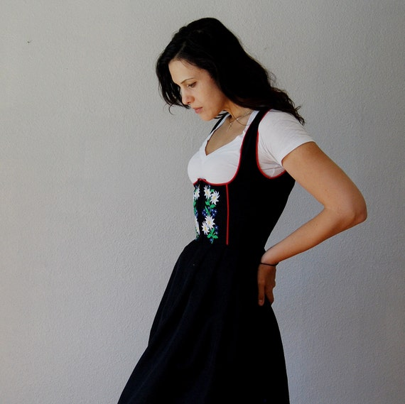 swiss MISS dress / embroidered black 1960s pinafore skirt