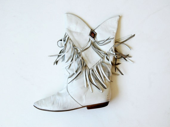 tribal FRINGE boots / alabaster leather GYPSY ankle boots