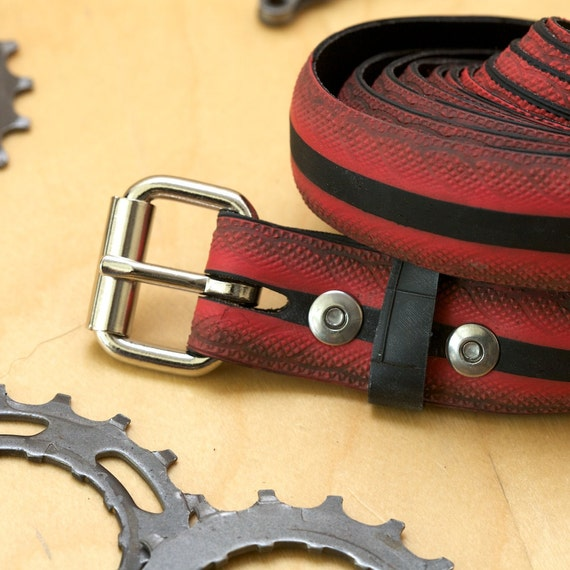 Bicycle Tire Belt - Mild Road Tread - Black/Red