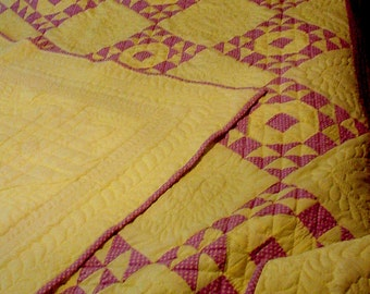 Quilt, Single Wedding Ring Quilt, Hand Quilted Quilt, Handmade, Fiber Art, Quilting,  Full Size Quilt, Lavender and Yellow Quilt
