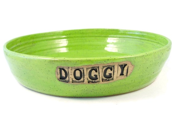 Personalized Ceramic Dog or Cat Bowl - Custom Made Pet Food Dish - Handmade Stoneware Clay Pottery Wheel Thrown