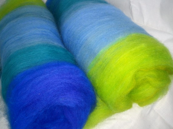 Art batt SALE 4 oz. merino BL corriedale wool hand dyed carded CURACAO