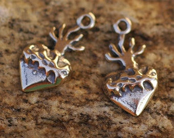 Two Tiny Milagro Heart with Crown of Thorns in Sterling Silver, R115