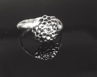 Custom Black & White Dahlia Vine Ring Sterling Silver VS Sapphire