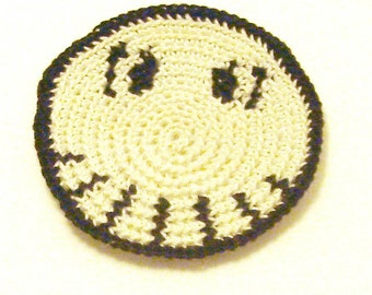 Skull smiley in ivory and black