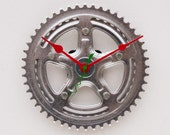 recycled Bike crank clock
