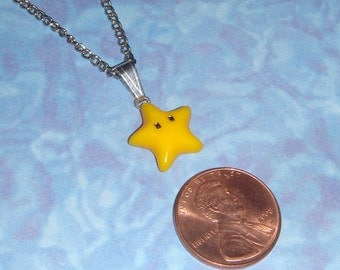 NECKLACE - Nintendo Yellow Star