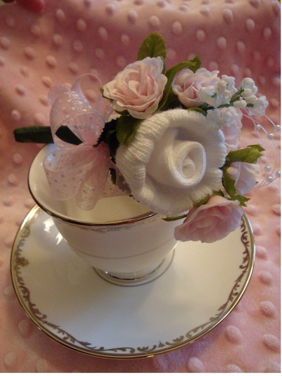 Small Baby Shower Sock Corsage in Pink