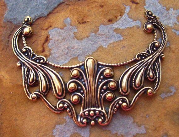 1 Antique Gold Patina Art Nouveau Pendant - Trinity Brass Co.