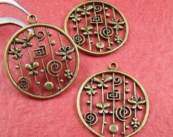 50% OFF SALE - 4pcs 28mm Antique Bronze Flower Charm Pendant AB781