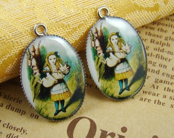 4pcs 25x18mm Alice In Wonderland Resin Cabochon Pendant With Silver Base Settings RP418C