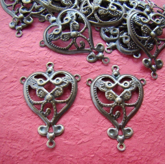 12pcs 35x25mm Antique Bronze Heart Design Drop Pendant Connector CWE050