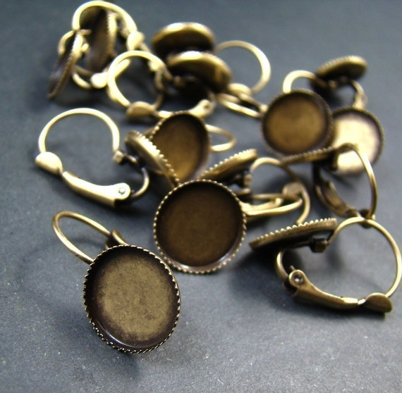 100pcs Antique Solid Brass French Earwires Hook With Round Large 12mm Pad EA609