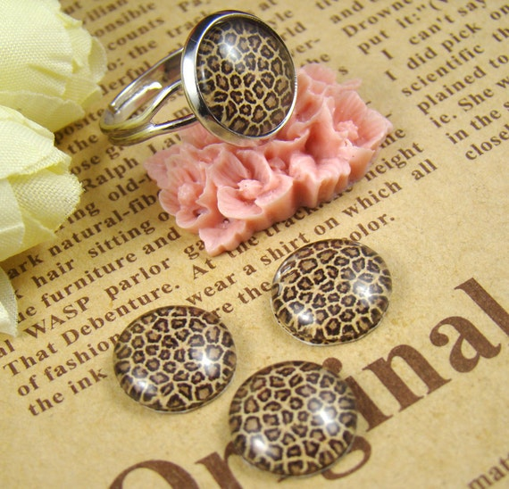 Glass Cabochon, 8mm 10mm 12mm 14mm 16mm 20mm 25mm 30mm Round Handmade photo glass Cabochons - Leopard Print Collection BCH010B