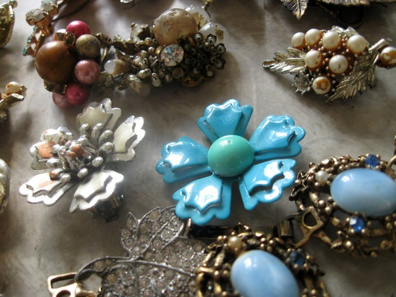 SALE Vintage Costume Jewelry Brooches for Brooch Bouquets Free Shipping