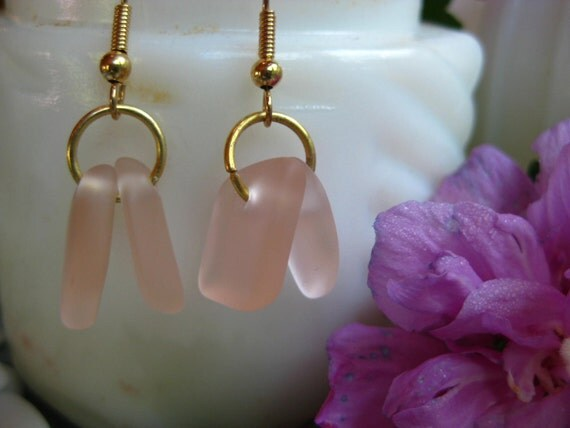 Seaglass inspired Pink depression glass earrings tumbled TrAsH gLaSs