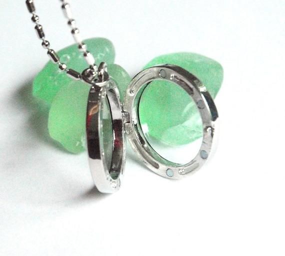 Keepsake Locket Necklace - Round Clear Glass