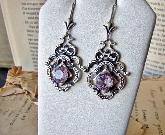 Changable Nature - Earrings Antiqued Alexandrite Victorian Jewel Dangles