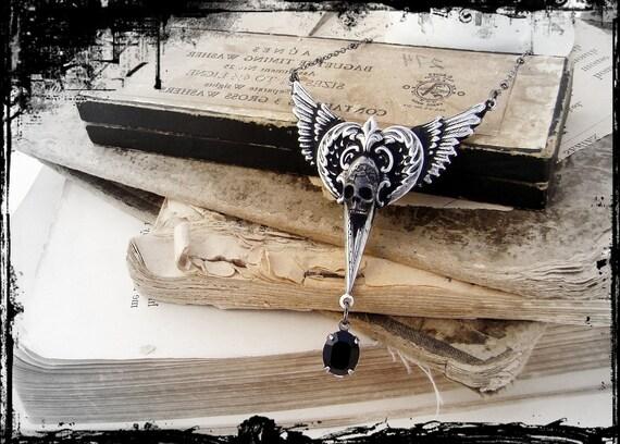 Dame Vaako - UnderDark Collection - Silver Winged Jewel Neo-Victorian Gothic Necklace