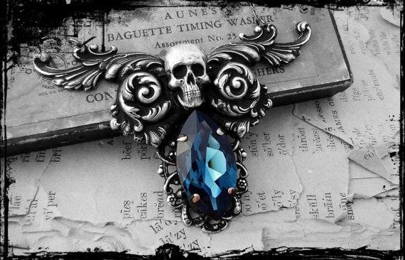 Rue - Brimstone Collection - Silver Victorian Bold Statement Pendant Necklace