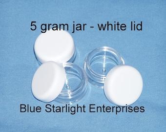 25 - 5 gram jars for makeup samples, bead storage, paint, etc..white lids  item 305N