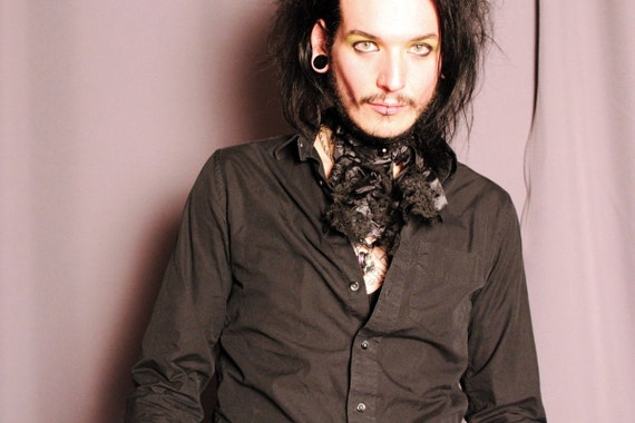 Tattered Black Plague  ..............  Mens French Ascot