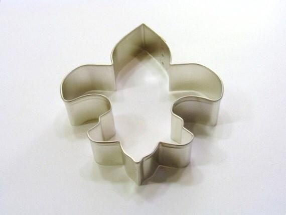 Fleur de Lis 4. 5 inch Cookie Cutter
