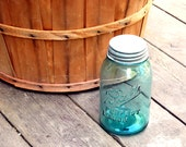 Vintage Ball Jar Perfect Mason Aqua Quart Jar, 1913 to 1915