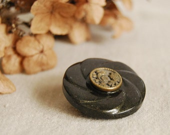 Vintage Button Brooch Brass Filigree Flower Dark Brown Celluloid Eco Friendly Jewelry Summer Fashion Accessories Woodland