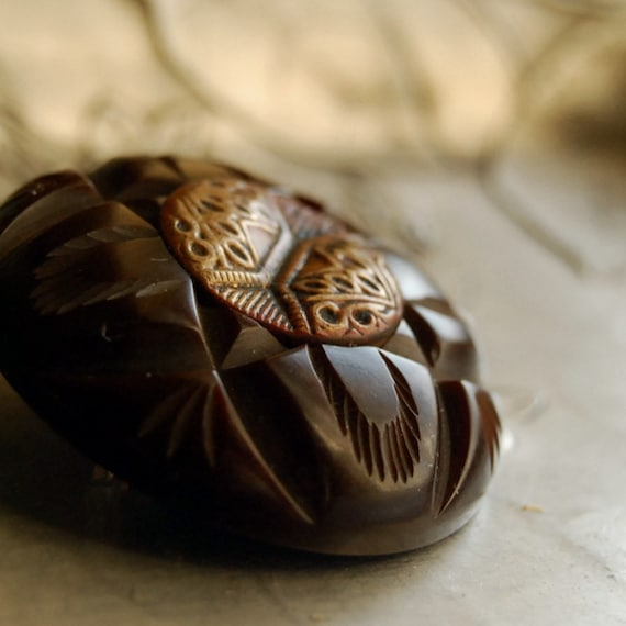 Vintage Button Brooch Chocolate Chunk Bakelite Brown Button Jewelry