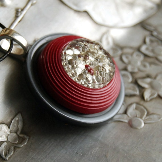 Vintage Button Necklace Silver Fox Burgundy Red Button Jewelry Pendant Necklace