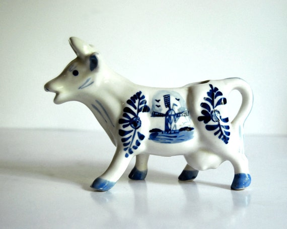 Vintage Cow Creamer Enesco Delft-like Blue and White Ceramic Figurine