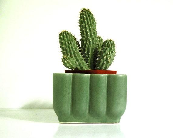 Vintage Planter Camark 023 Green Ceramic Centerpiece Vase