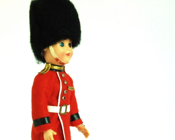 Vintage Doll Souvenir British Royal Guard with Rifle Toy Soldier Collectibles