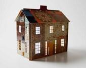 Pop-up patchwork dollhouse (quarter scale)