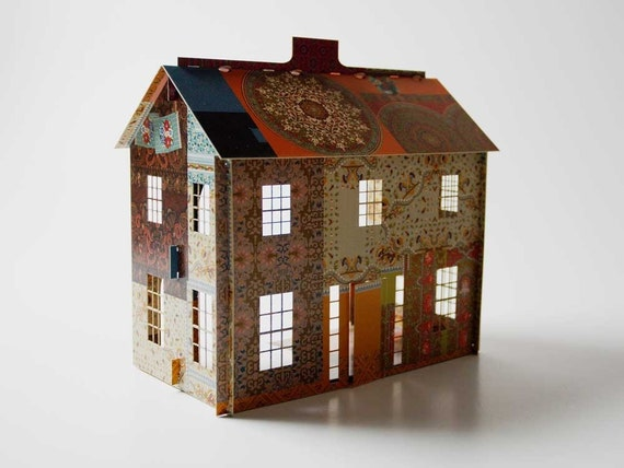 Pop-up patchwork dollhouse (quarter scale)