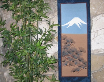 Wall Hanging Quilt Decor Mount Fuji and Pines Japanese Design Tenugui Scroll Size